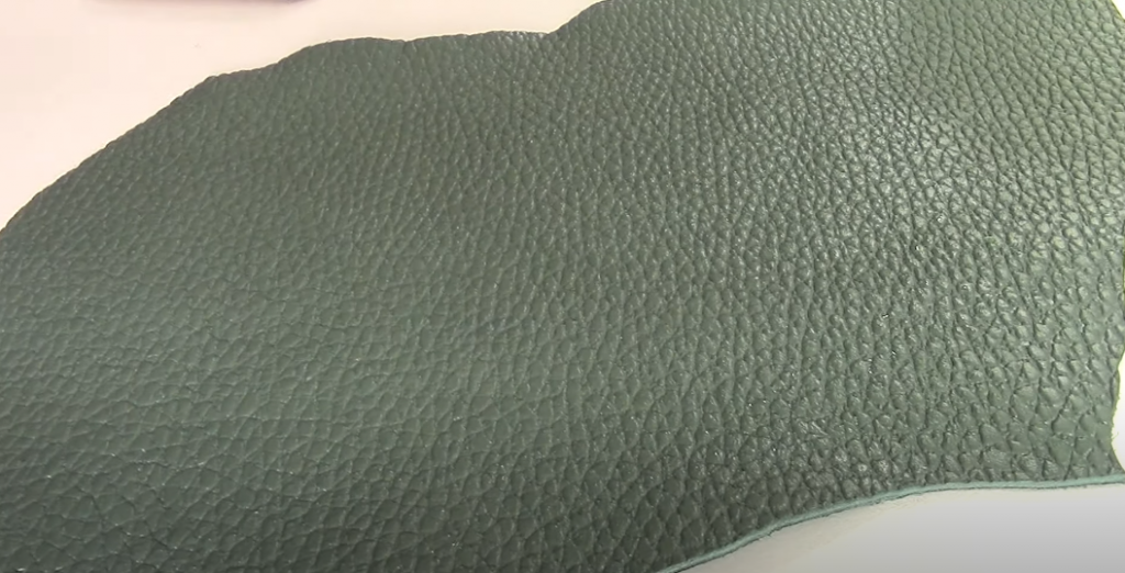 How to clean pigmented leather: care guidelines
