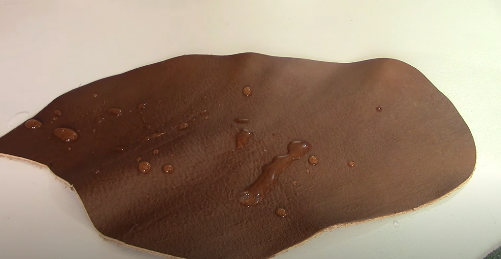 Features of pigmented leather