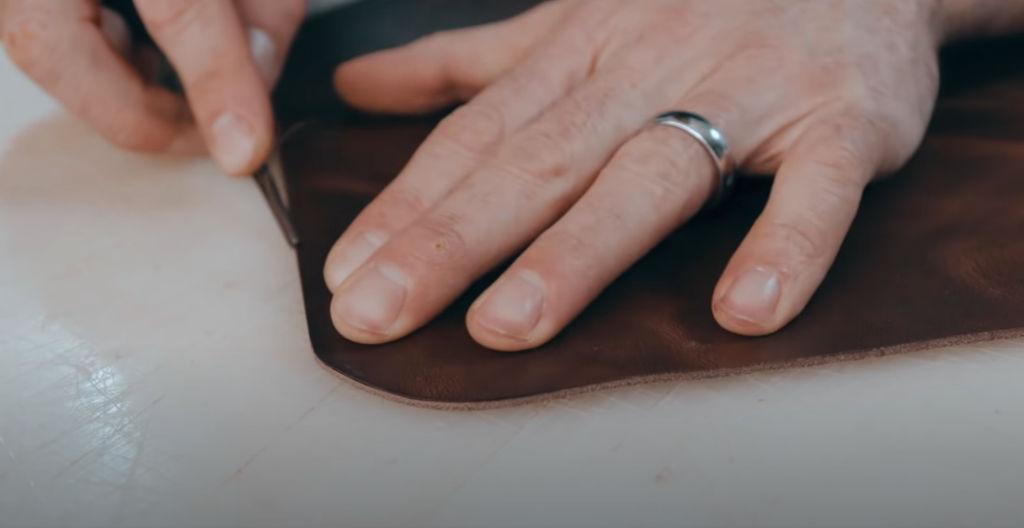 Properties of full-grain leather